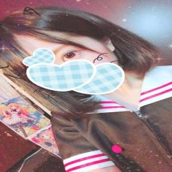 ななみ(18、157㎝、ロリスレンダー)