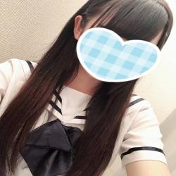しおり(新人)