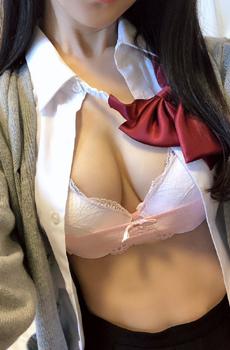 ☆最強イベント開催☆制服+ワカメスカート+自前Tバック!!